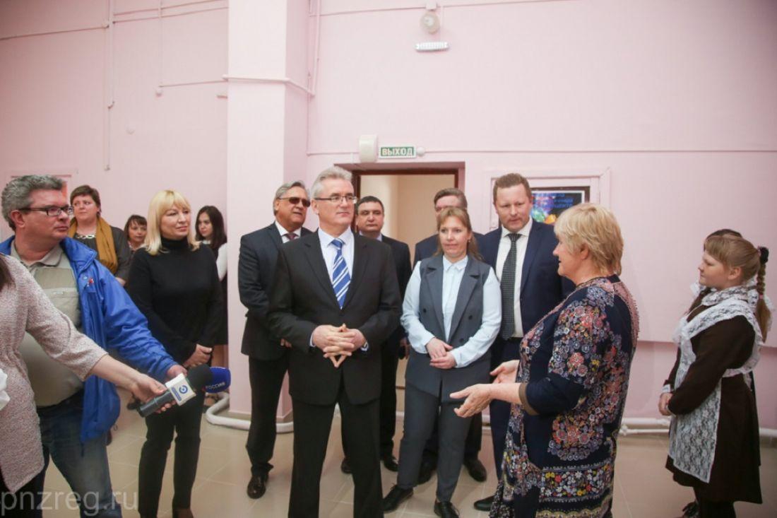 Иван Белозерцев осмотрел «Алферьевский досуговый центр»