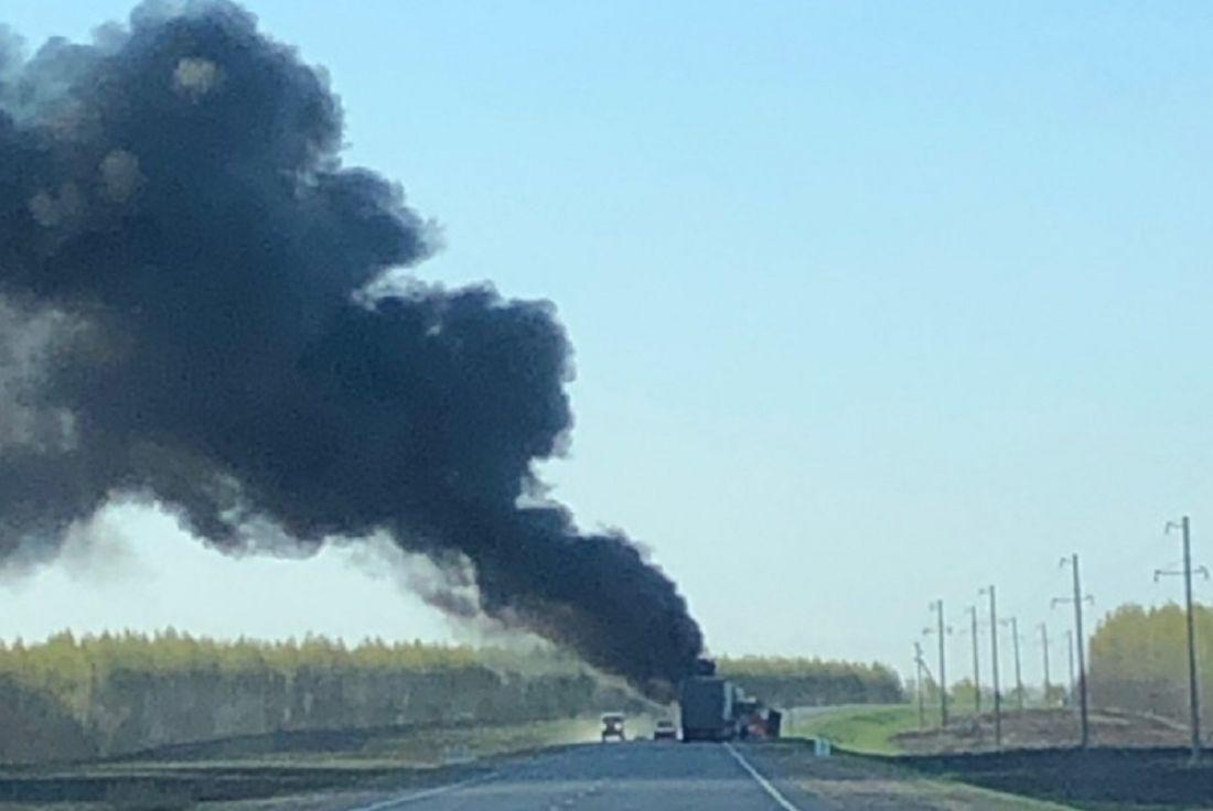 В Пензенской области на трассе сгорел «КамАЗ»