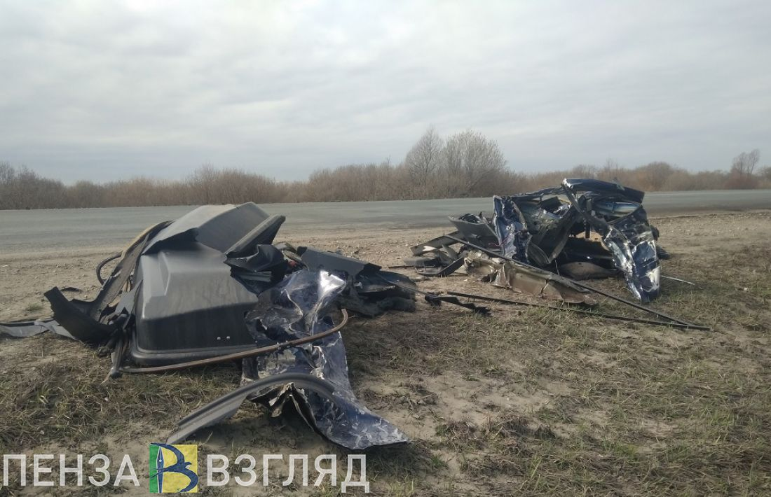От машины, в которой под Пензой погибли пятеро человек, остались лоскуты. Эксклюзивные фото