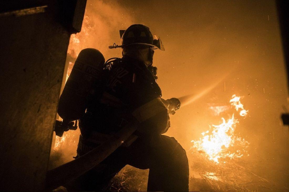 В Кузнецке из-за пожара перекрыли улицу